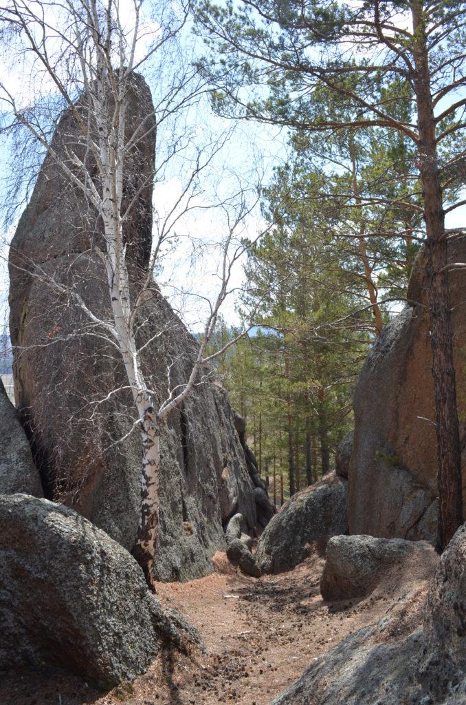 Вертикальный камень