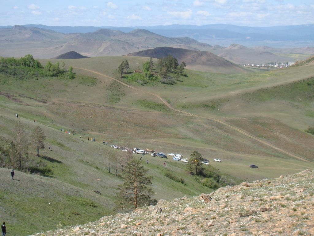 Парковка у гор
